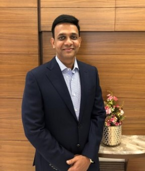 Dharam Agarwal, Managing Director of Vijay Anand