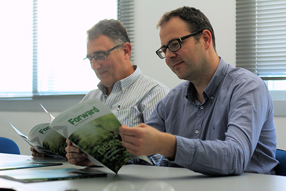 Alberto Mena (on the left), Head of Pulp and Chemicals for R&D&i projects, and Diego Compaired, Innovation Technology Project Manager of SAICA.